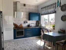Продається 4-кімнатна квартира 105 кв. м у Василькові