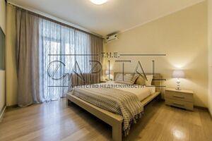 Продається 2-кімнатна квартира 70 кв. м у Києві
