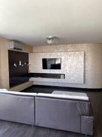 Продається 3-кімнатна квартира 121 кв. м у Херсоні