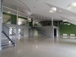 Сдается в аренду помещения свободного назначения 650 кв. м в 6-этажном здании
