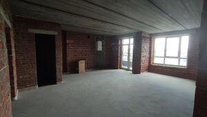 Продається 5-кімнатна квартира 137.1 кв. м у Ірпені