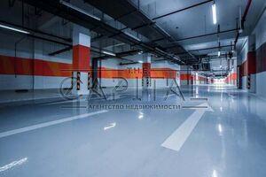 Продається підземний паркінг універсальний на 12.5 кв. м