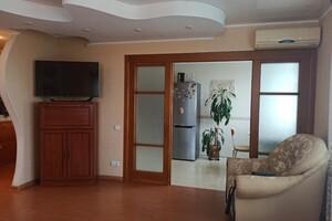 Продается 3-комнатная квартира 79 кв. м в Черкассах