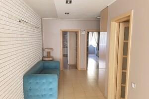 Продается 3-комнатная квартира 115 кв. м в Харькове