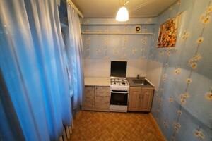 Продається 1-кімнатна квартира 28 кв. м у Запоріжжі