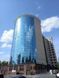 Продается 3-комнатная квартира 137.3 кв. м в Хмельницком