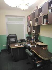 Сдается в аренду офис 45 кв. м в нежилом помещении в жилом доме