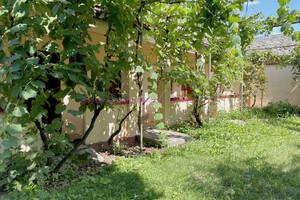 Продается одноэтажный дом 110 кв. м с подвалом