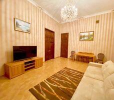 Продается 5-комнатная квартира 218 кв. м в Харькове