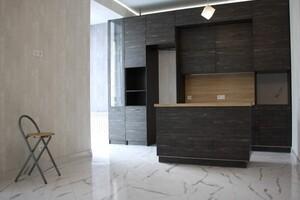 Продается 3-комнатная квартира 86 кв. м в Харькове