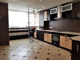 Продається 3-кімнатна квартира 115 кв. м у Хмельницькому