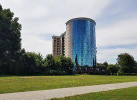 Продається 2-кімнатна квартира 91.8 кв. м у Хмельницькому