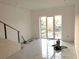 Продается дом на 3 этажа 120 кв. м с участком