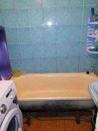 Продається 4-кімнатна квартира 83 кв. м у Полтаві
