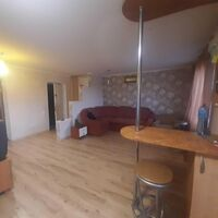 Продается 2-комнатная квартира 54 кв. м в Полтаве