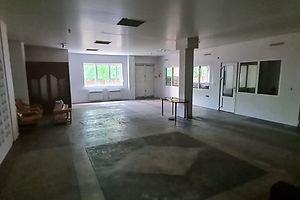 Сдается в аренду торгово-офисный центр 213 кв. м в 1-этажном здании