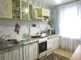 Продается 4-комнатная квартира 78 кв. м в Хмельницком
