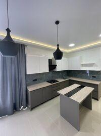 Продається 2-кімнатна квартира 55 кв. м у Одесі