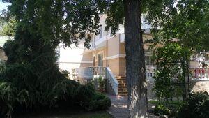 Сдается в аренду одноэтажный дом с террасой