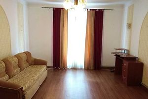 Продается 2-комнатная квартира 60 кв. м в Черновцах