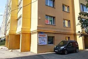 Продається приміщення вільного призначення 167.1 кв. м в 10-поверховій будівлі