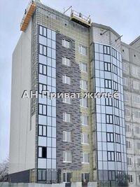 Продається 2-кімнатна квартира 73 кв. м у Полтаві