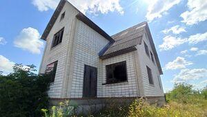 Продається будинок 2 поверховий 180 кв. м з терасою