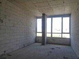 Продается офис 30 кв. м в нежилом помещении в жилом доме