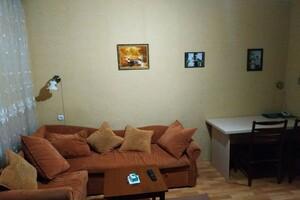 Продается 4-комнатная квартира 80 кв. м в Хмельницком
