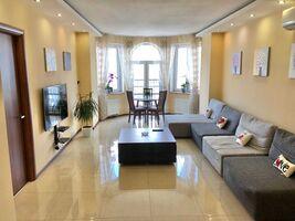 Сдается в аренду 3-комнатная квартира 90 кв. м в Киеве