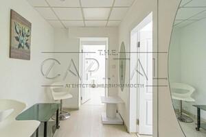 Сдается в аренду помещения свободного назначения 260 кв. м в 19-этажном здании