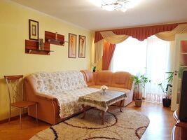 Продается 3-комнатная квартира 80 кв. м в Черкассах