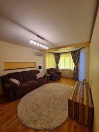 Продается 3-комнатная квартира 96 кв. м в Днепре