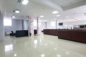 Сдается в аренду торгово-офисный центр 336 кв. м в 4-этажном здании