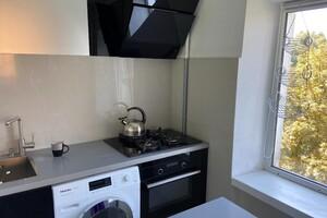Продається 1-кімнатна квартира 33.3 кв. м у Львові
