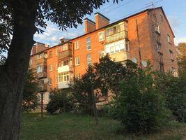 Продается 3-комнатная квартира 56 кв. м в Казатине