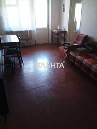 Продается 3-комнатная квартира 56.5 кв. м в Мариуполе