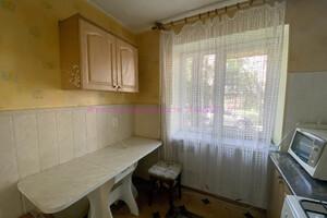 Продается 2-комнатная квартира 42 кв. м в Ужгороде