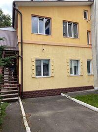 Продается 2-комнатная квартира 76 кв. м в Ровно