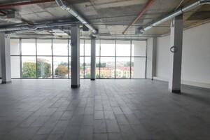 Сдается в аренду объект сферы услуг 240 кв. м в 4-этажном здании