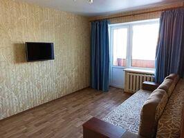 Продається 2-кімнатна квартира 45 кв. м у Полтаві