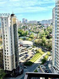 Сдается в аренду 4-комнатная квартира 68 кв. м в Одессе
