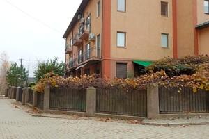 Продается дом на 3 этажа 225 кв. м с террасой