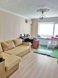 Продается 3-комнатная квартира 65.4 кв. м в Днепре