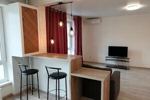 Продается 2-комнатная квартира 68 кв. м в Киево-Святошинске