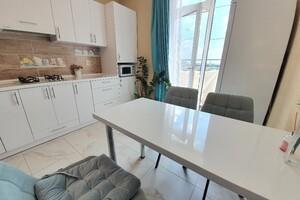 Продается 2-комнатная квартира 65 кв. м в Хмельницком