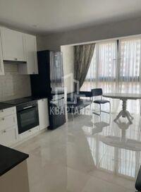 Сдается в аренду 1-комнатная квартира 56 кв. м в Киеве