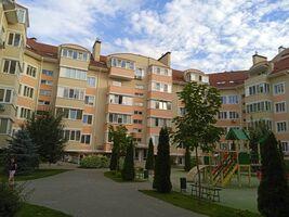 Продается 4-комнатная квартира 96 кв. м в Киево-Святошинске