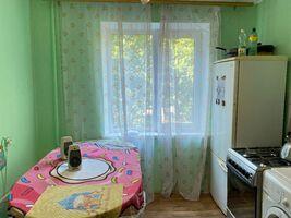 Продається 4-кімнатна квартира 81 кв. м у Дніпрі