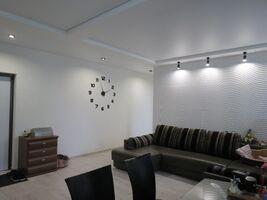 Продается 3-комнатная квартира 76 кв. м в Харькове